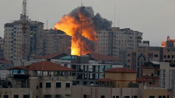 http://abcnews.go.com/International/video-shows-israeli-bombing-gaza-apartment-tower/story?id=25098946